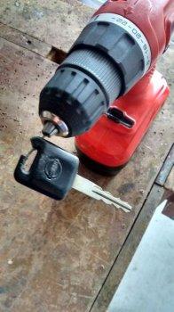 Ремонт рукоятки автомобильного ключа