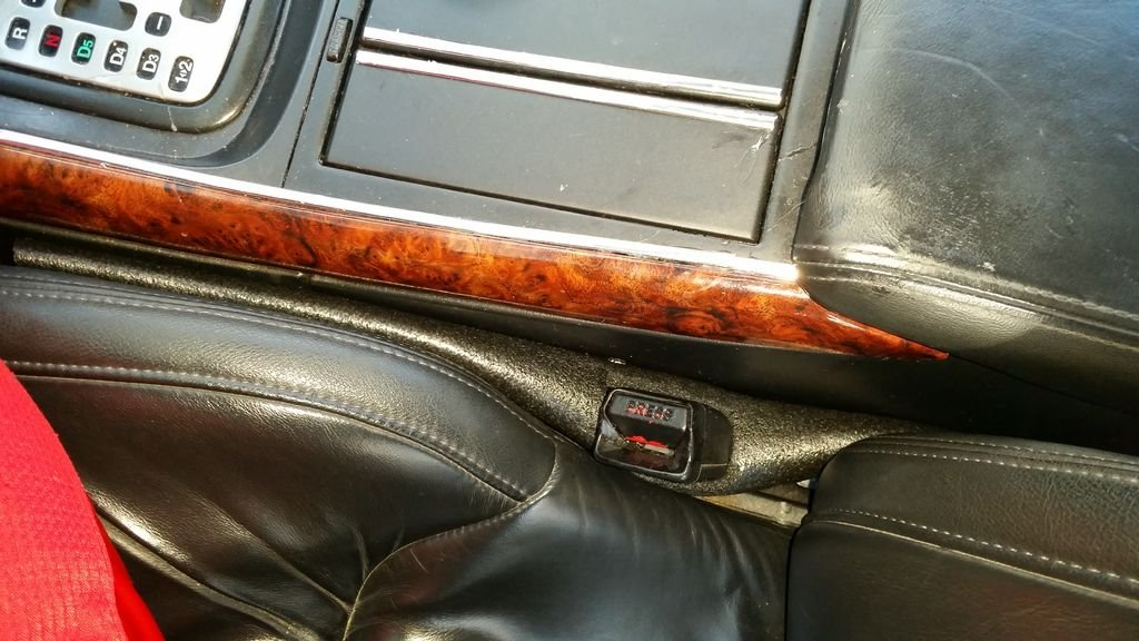 Лайфхак: как убрать зазор между автокреслом и консолью коробки передач