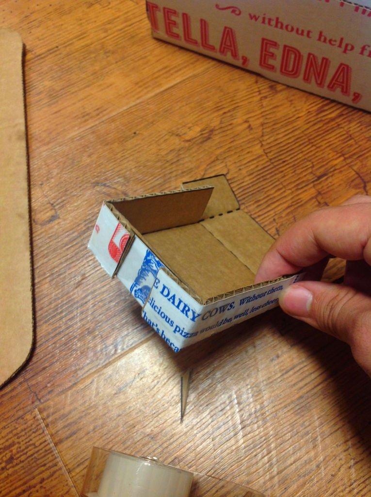 Настольный органайзер из картона своими руками