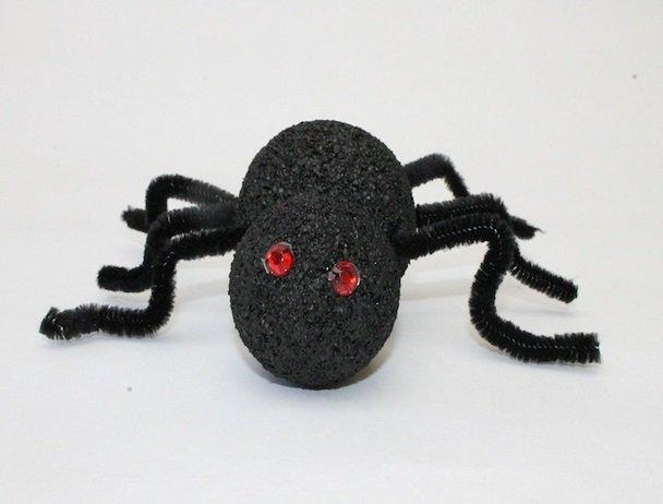 Декоративный паук своими руками