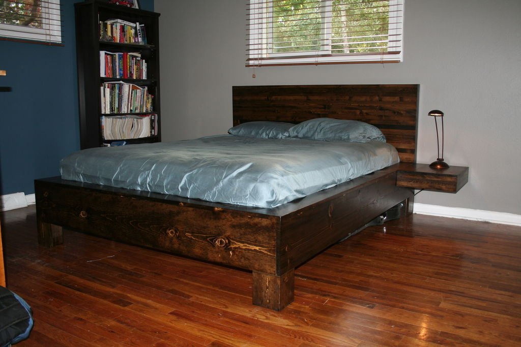 Деревянная кровать своими руками