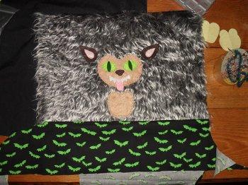 Подушка-монстр своими руками