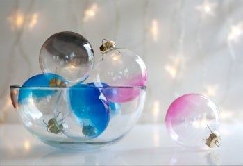 Декупаж новогодних шаров своими руками