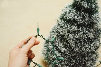 Четыре самодельные новогодние елочки своими руками