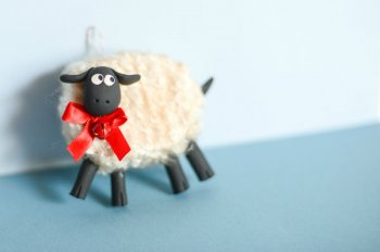 Новогодняя овечка своими руками
