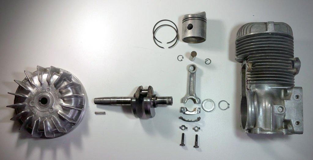 Настольная лампа из двигателя своими руками
