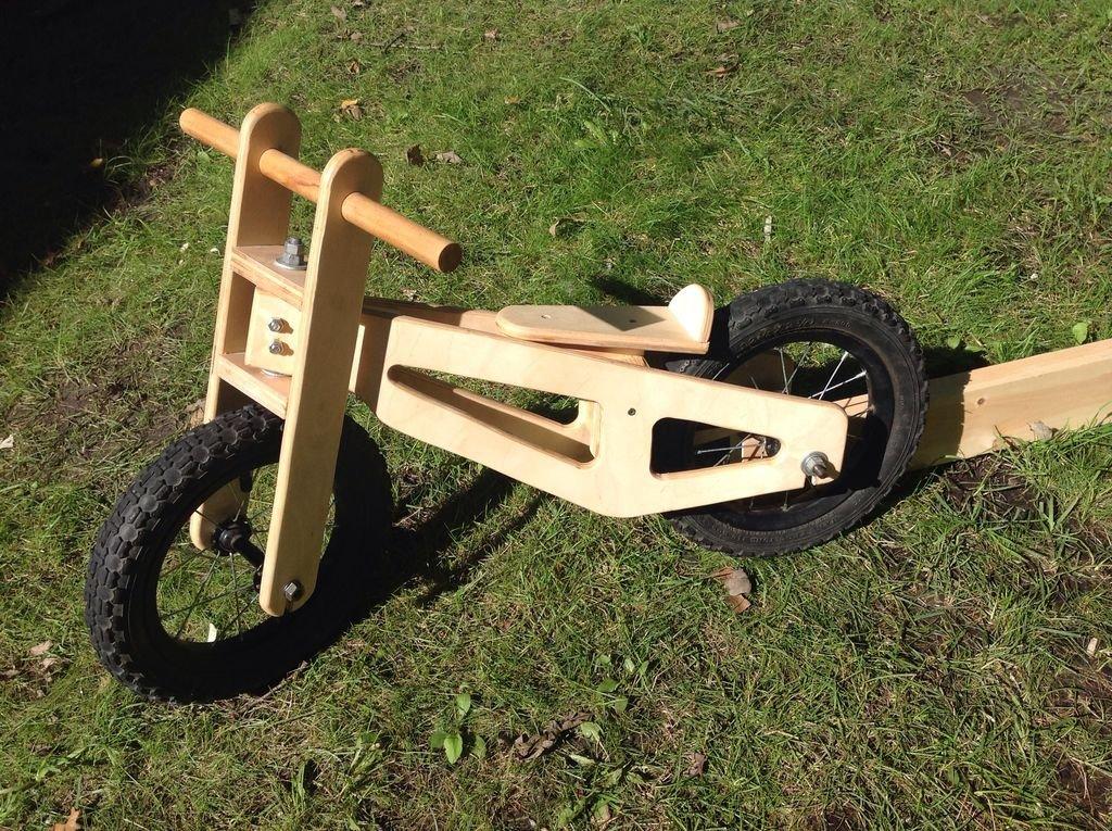 Деревянный велосипед-каталка своими руками