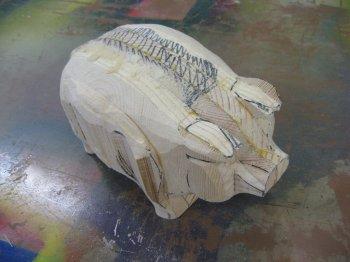 Деревянная свинья-копилка своими руками