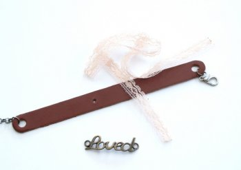 Мастер-класс Кожаный браслет с кружевами