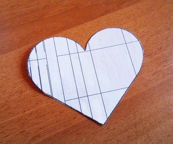 Коробка-сердце в технике квиллинг