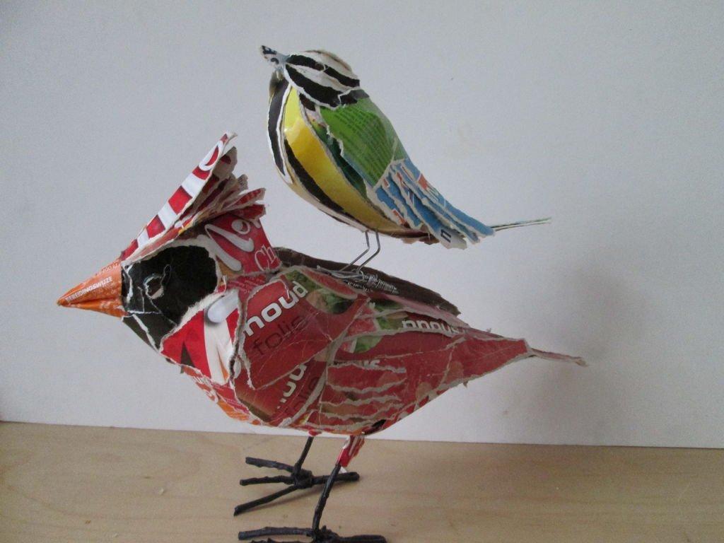 Птицы из картонных коробок своими руками
