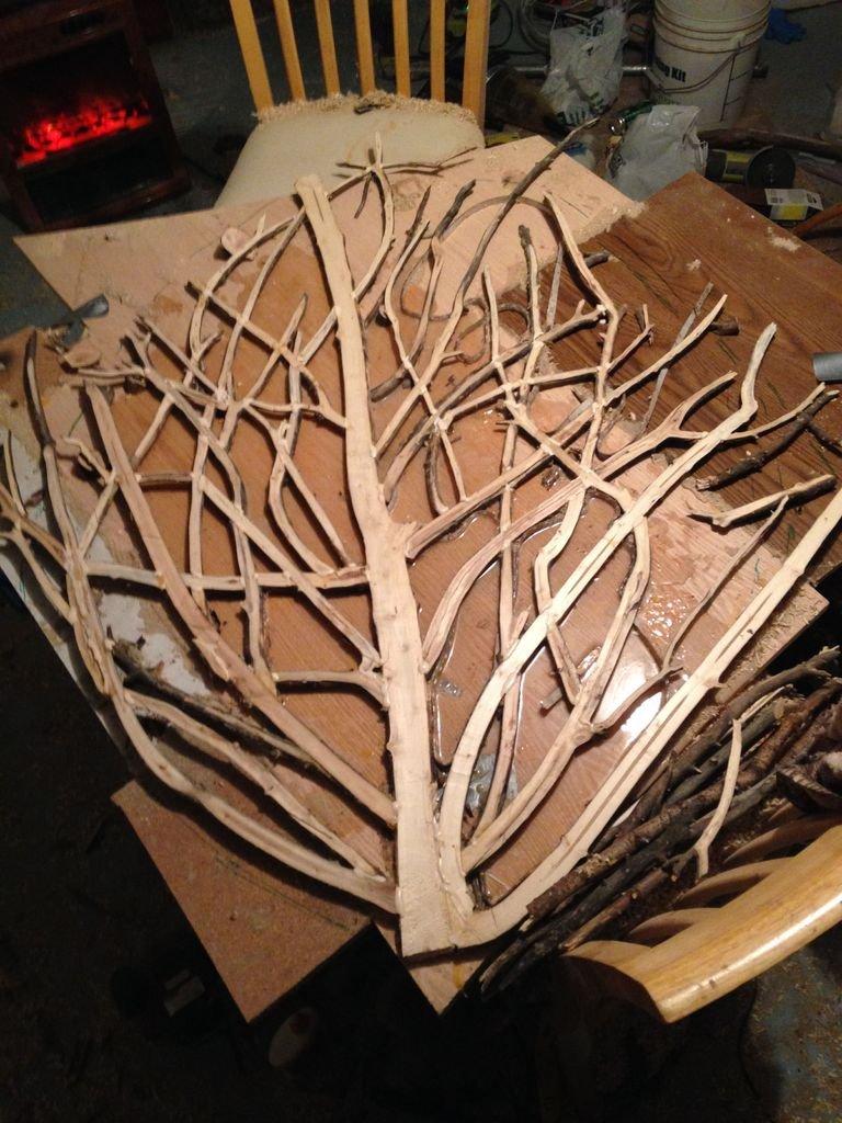 Журнальный столик из веток дерева своими руками