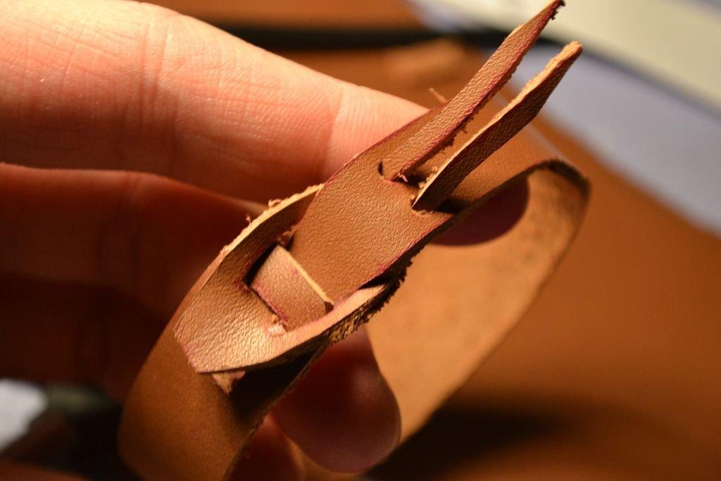 Простой кожаный браслет своими руками