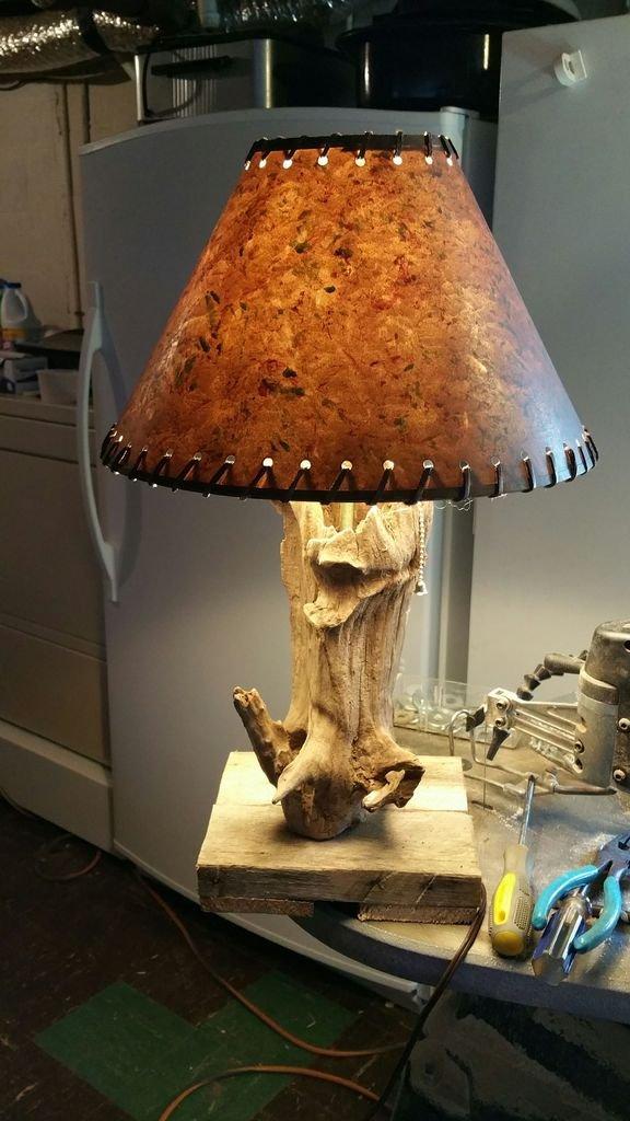 Лампа из коряги своими руками