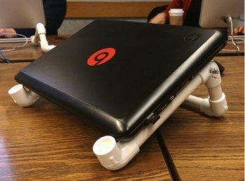 Подставка под ноутбук из ПВХ труб своими руками