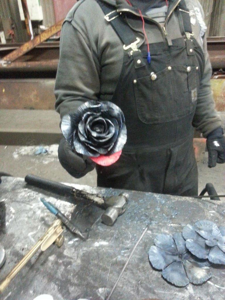 Цветы из металла своими руками фото фото 223