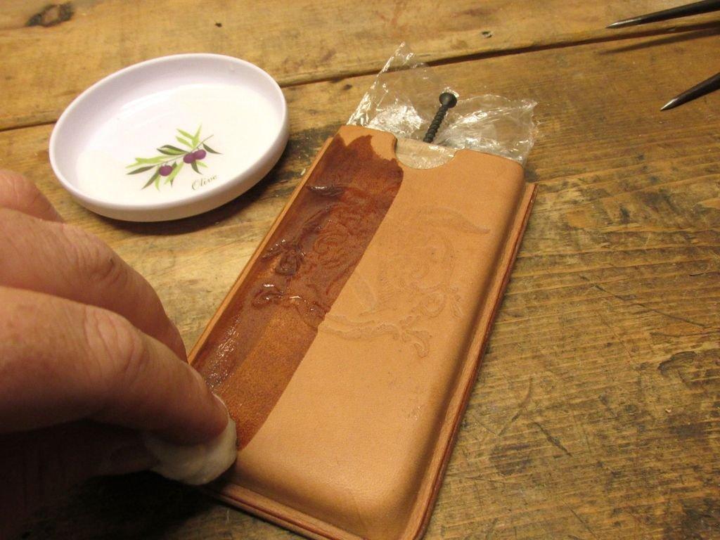 Чехол из натуральной кожи для смартфона своими руками