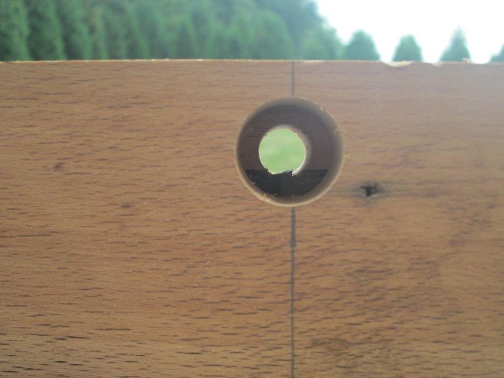 Как вырезать дюбель циркулярной пилой