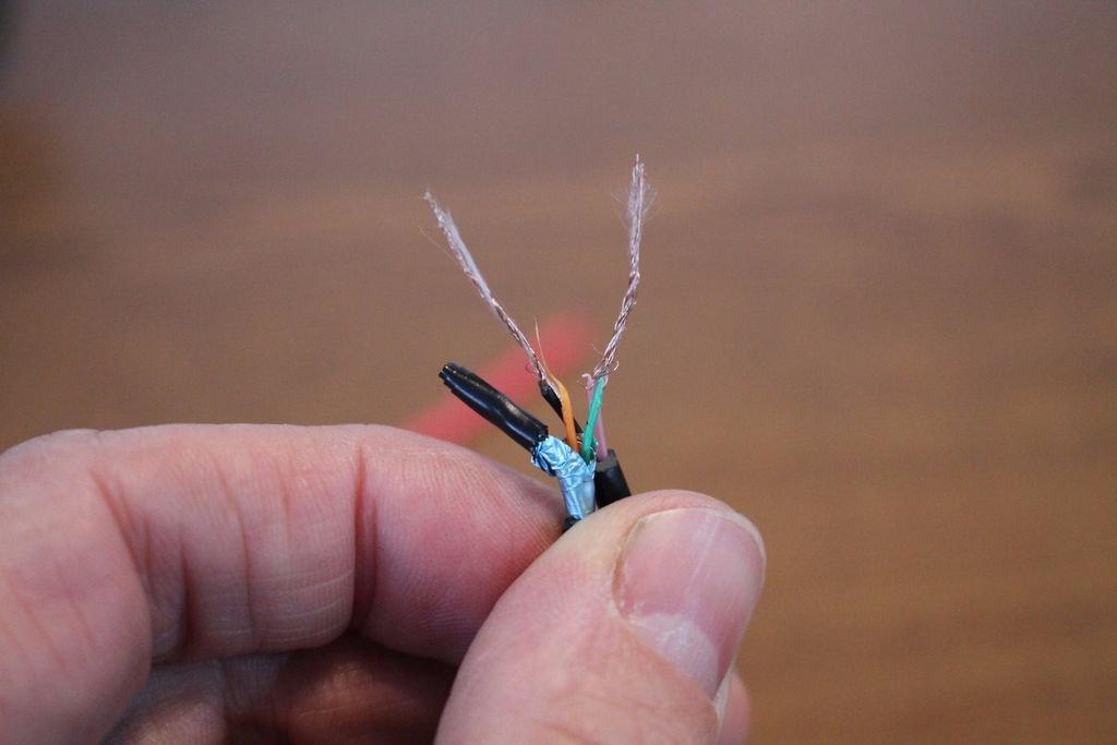 Как удлинить шнур зарядного устройства своими руками