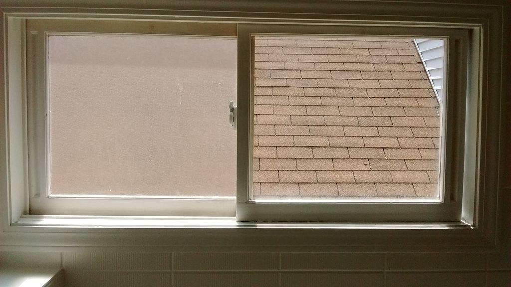 Оклейка стекла матовой пленкой