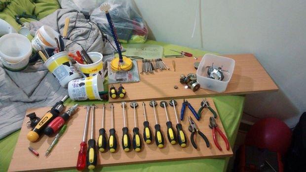 Настенный держатель для инструментов своими руками