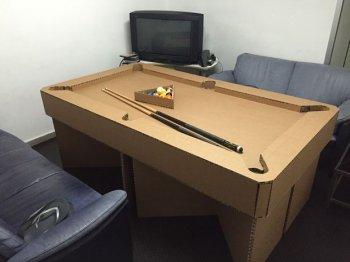 Бильярдный стол из упаковочного картона