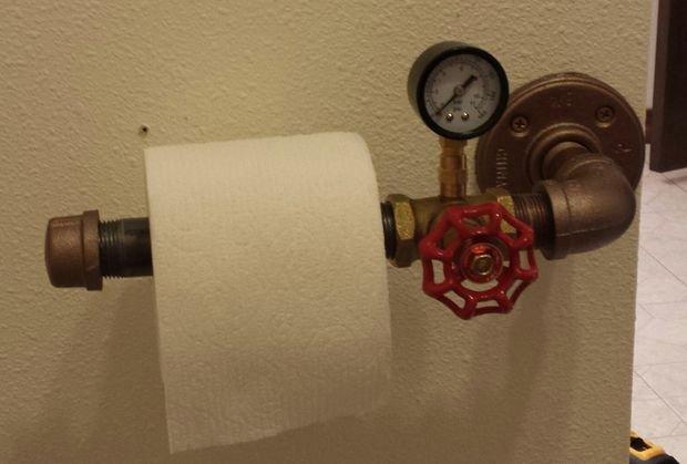 Держатель для туалетной бумаги из труб своими руками