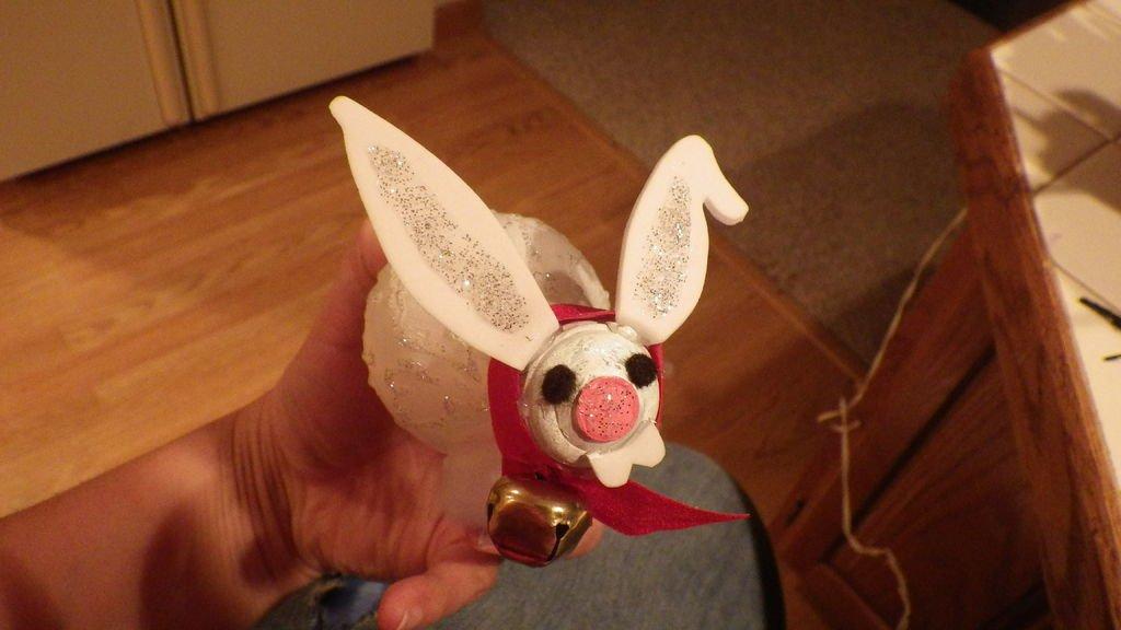 Елочные игрушки из лампочек своими руками