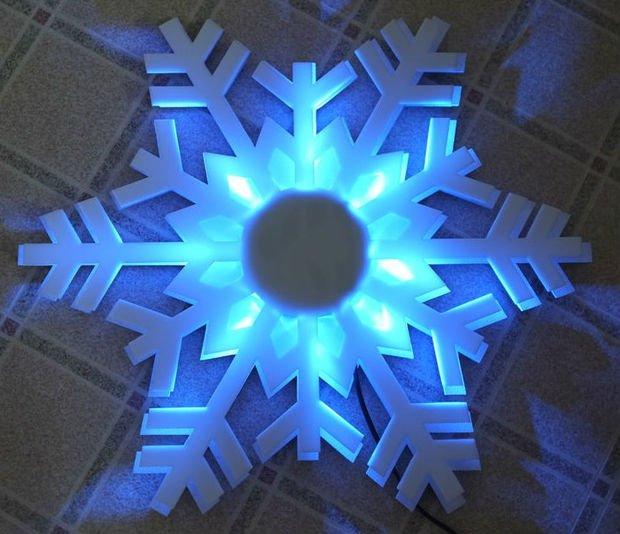 Снежинка со светодиодной подсветкой своими руками