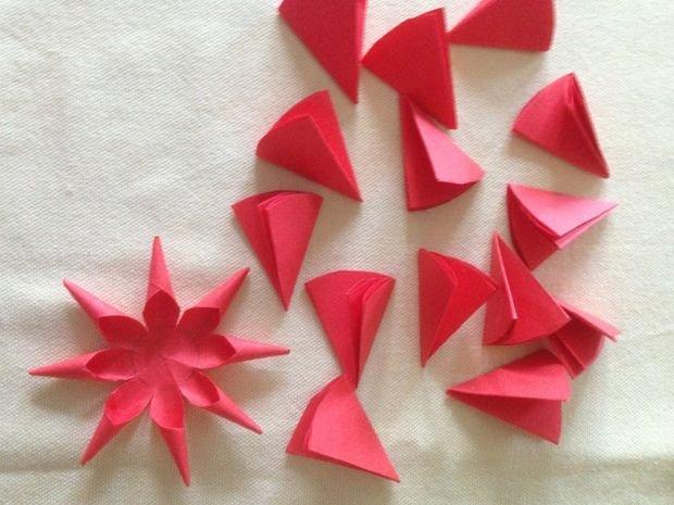 Объемная звезда из бумаги для елки