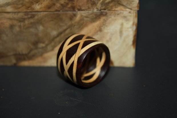 Деревянное кольцо с кельтским узором своими руками