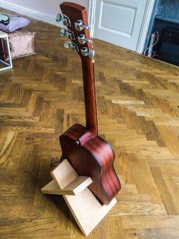 Подставка для гитары своими руками