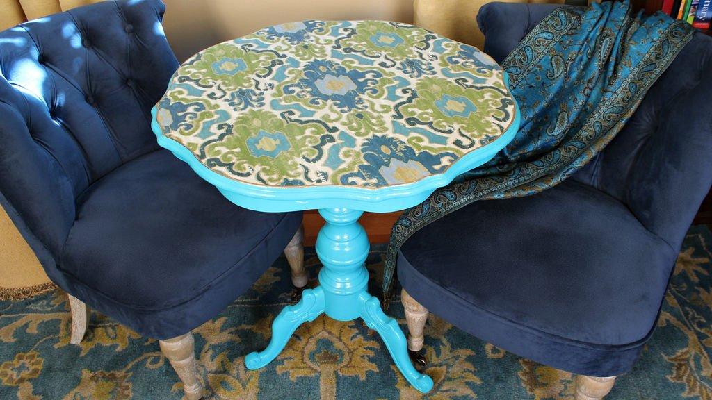 Декор стола в технике декупаж