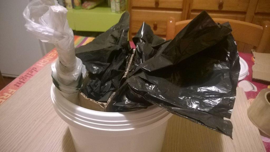 Органайзер для мусорных пакетов своими руками