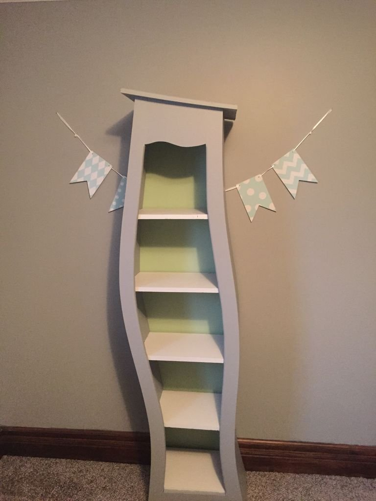 Книжный шкаф для детской своими руками