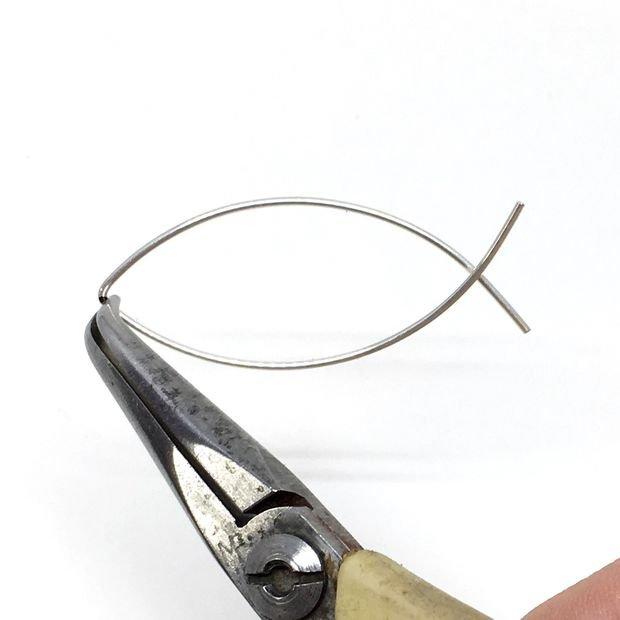 Удлиненные серьги из проволоки своими руками