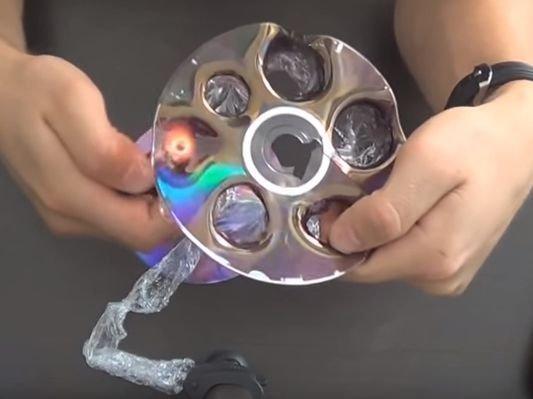 Как надуть пузырь из диска
