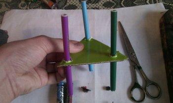 Как сделать простого робота из фломастеров своими руками!