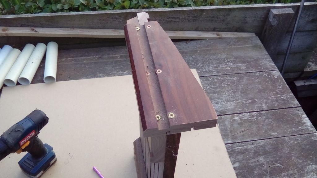 Стойка для ручных инструментов своими руками