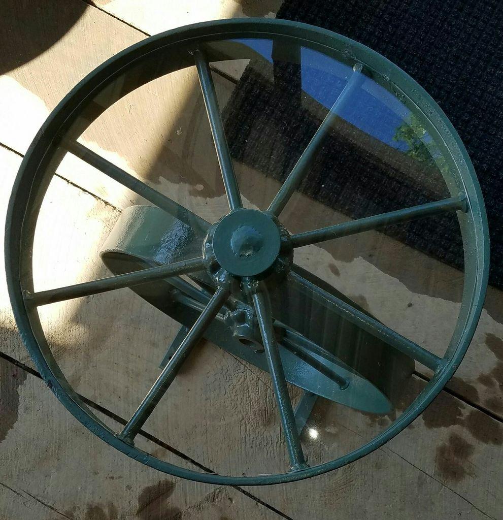 Журнальный столик из колес своими руками