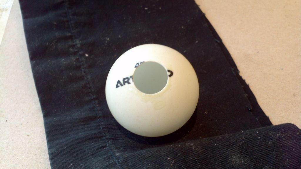 Настольная лампа из мячиков для пинг-понга своими руками