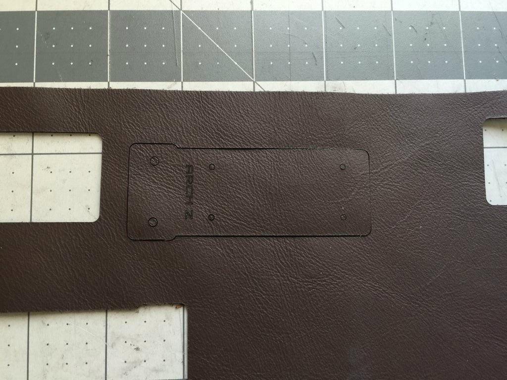 Многоразовая кожаная обложка для блокнота своими руками