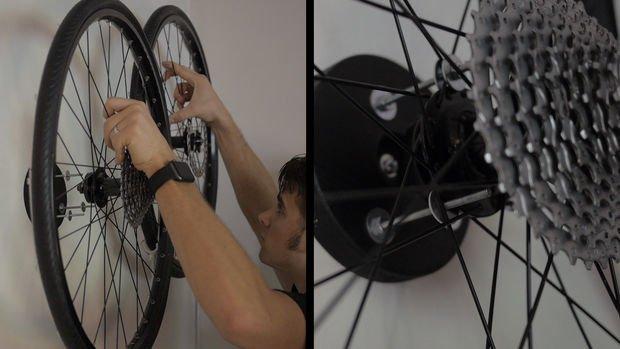 Настенные лампы из велосипедных колес