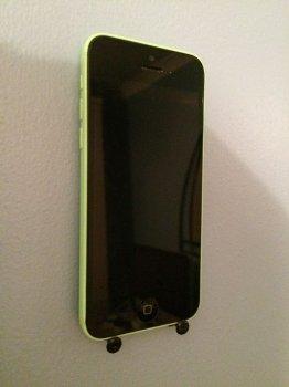 Настенное крепление для смартфона своими руками