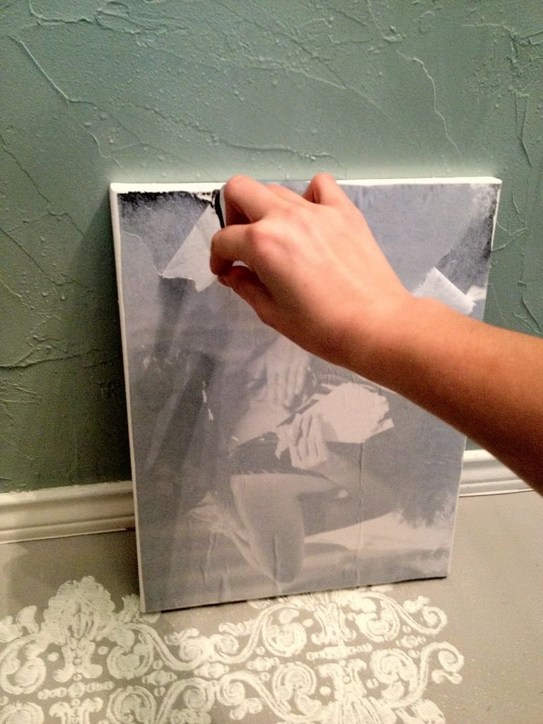 Как перенести фото на холст своими руками
