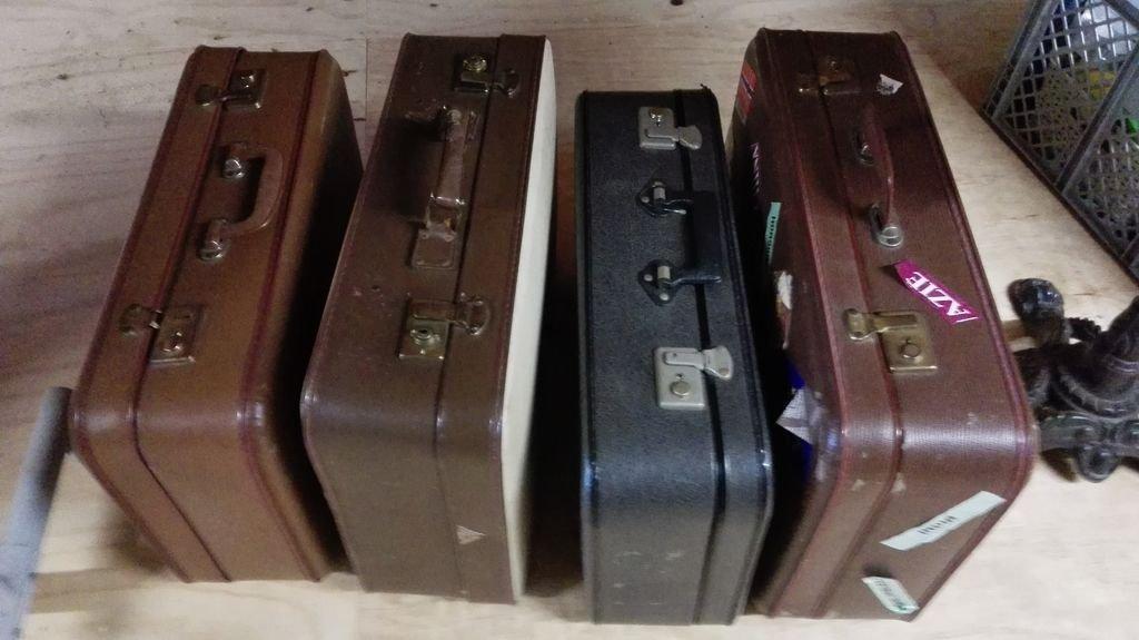 Стильная колонка из чемодана своими руками