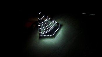 Елка из светодиодов и картона своими руками