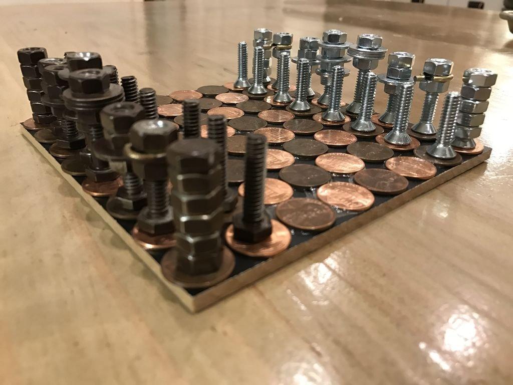 Шахматы из гаек, болтов и монет своими руками