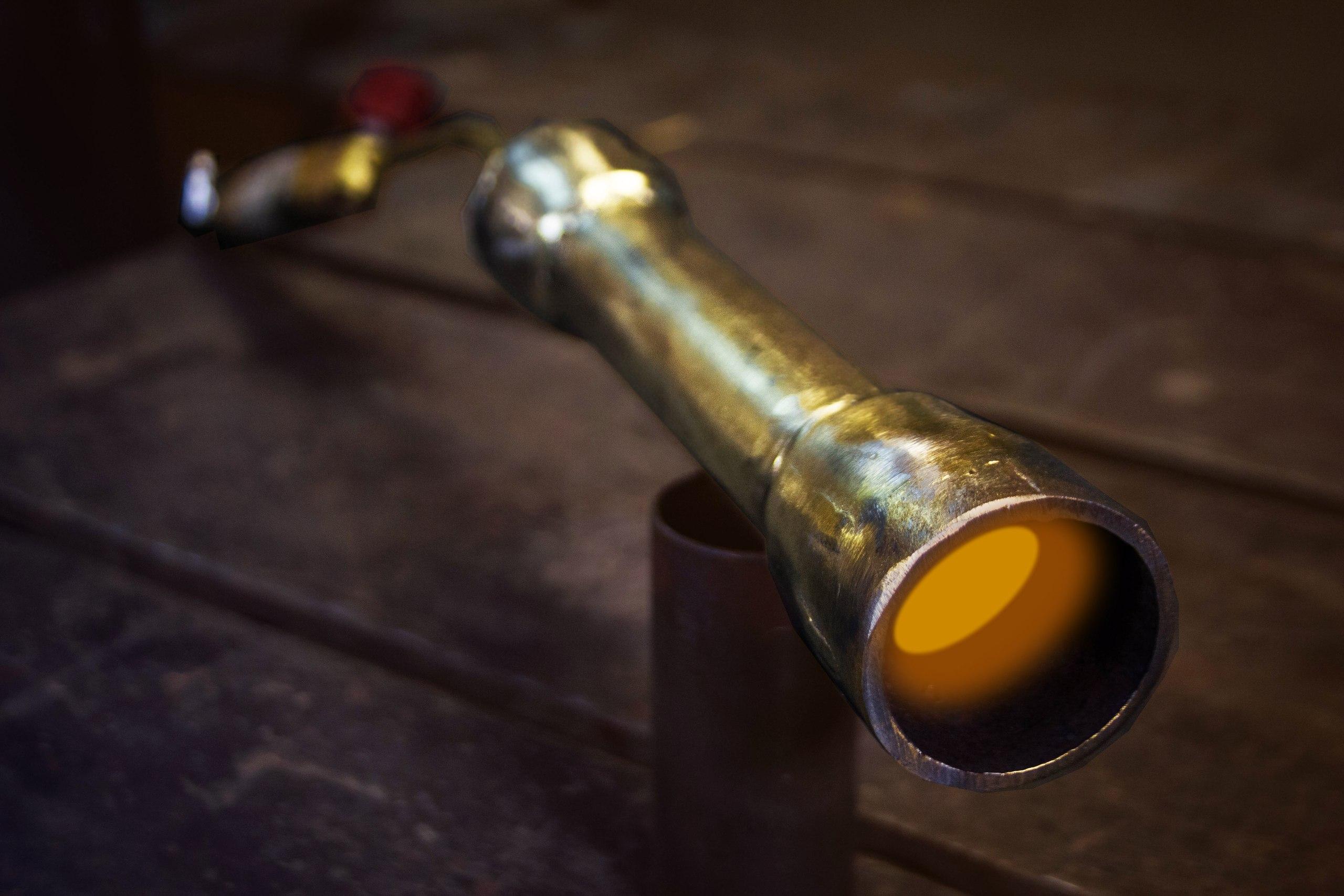 Инжекционная газовая горелка для ковки и литья