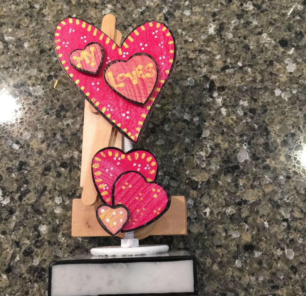 Сувенир из деревянных сердец своими руками